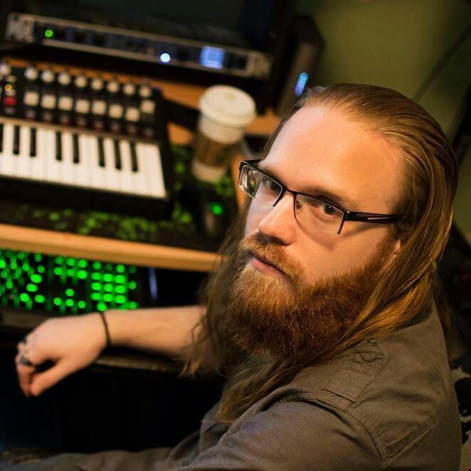 Andrew Hulshult